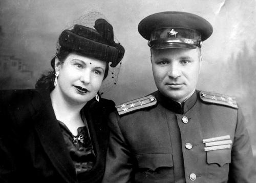 Фёдор Данченков с супругой. Фото 1937 г.