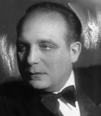 Михаил Сказин