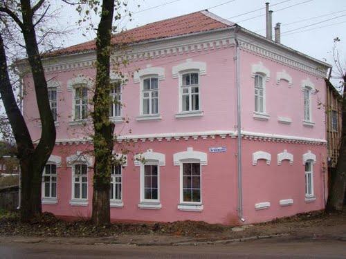 На пересечении улиц Пайтерова и Ленина