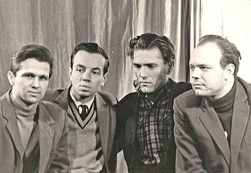 Слева направо: А. Говоров, А. Вознесенский, Г. Григорьев, В. Фирсов. 1962