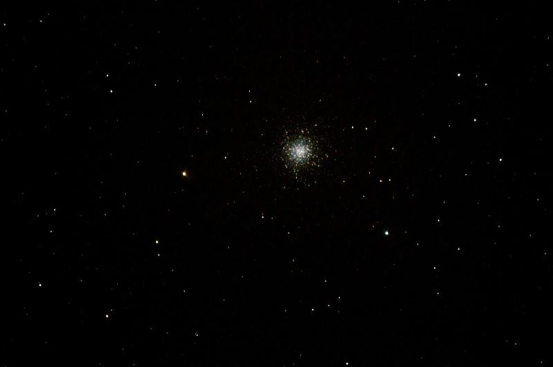 Большое шаровое скопление звёзд в Геркулесе. Фото Павла Дымникова