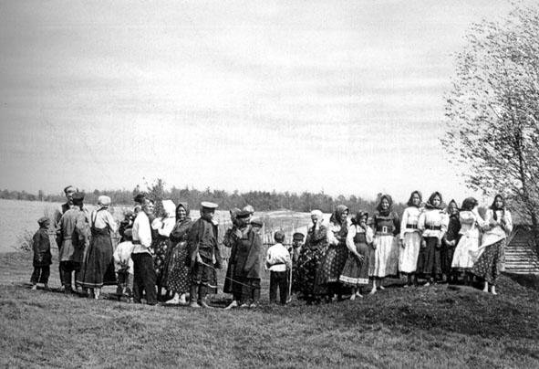 Жители деревни Бехово